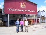 With the winemaker at Viticultores de Barros