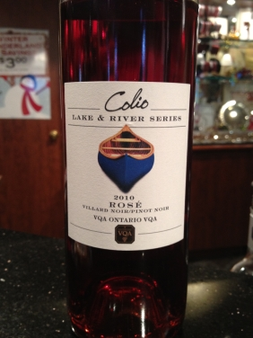 Nice Rosé at Colio. Villard Noir, Pinot Noir. 11%, sugar code 3. Enjoyable earthy strawberry notes.