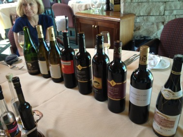 """Civilized Lunch,"" blockbuster wines at Devil's Pulpit Golf Association..."